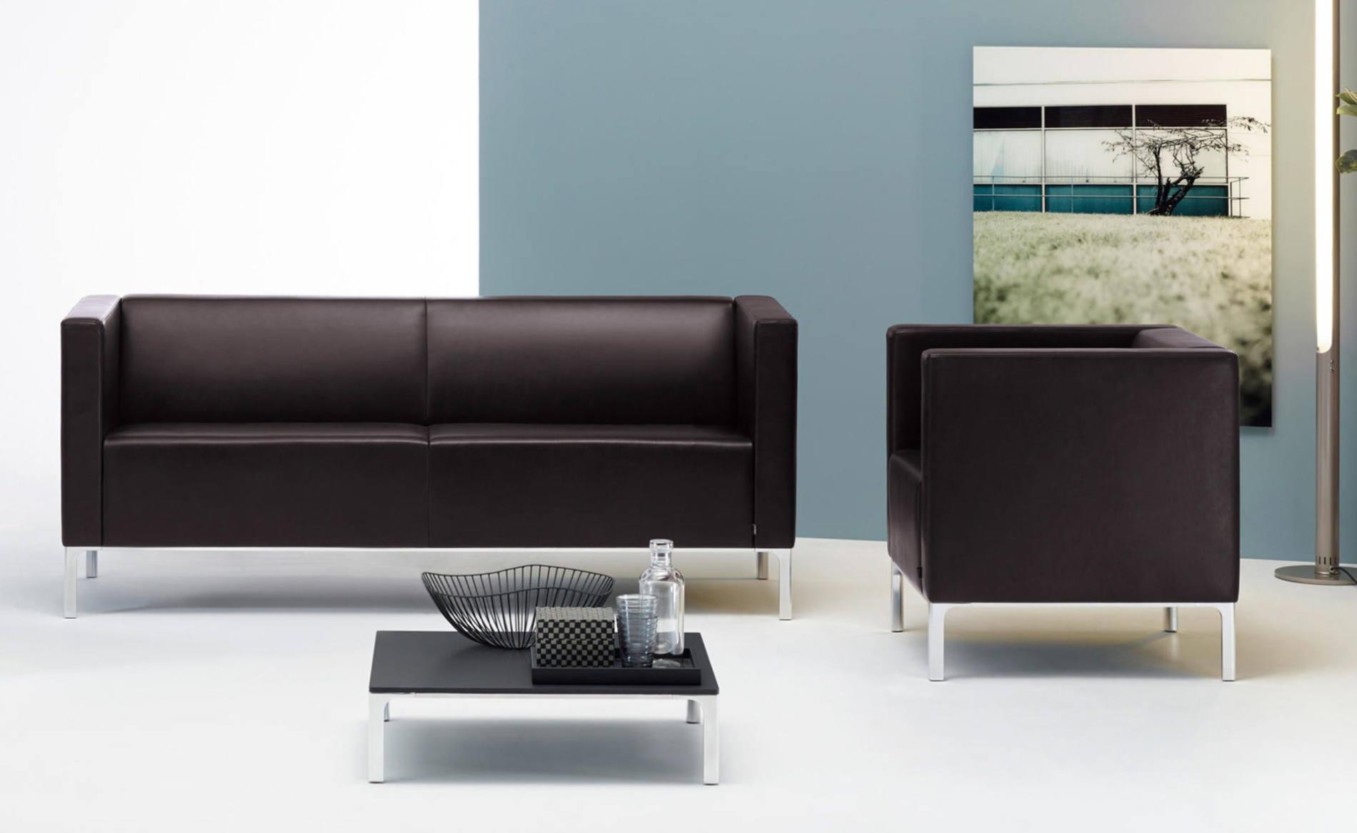 Sofa TASSO für Empfangs- oder Wartebereich (Klöber)