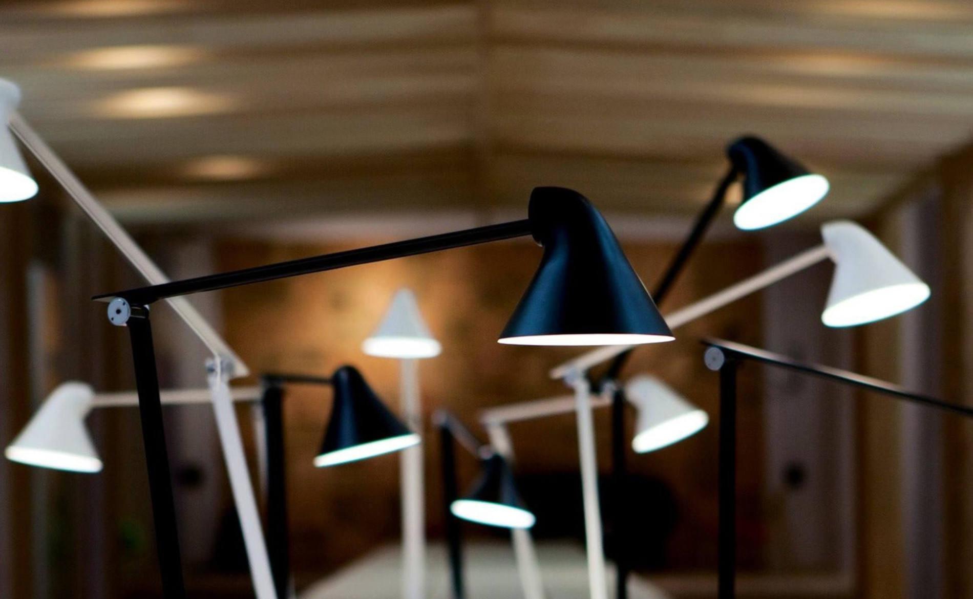 LED-Tischleuchte (Louis Poulsen)